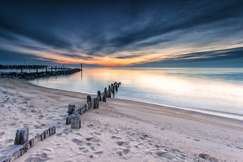 longexposure beach sunrise landscape dawn sand day cloudy maryland newyear northbeach bluehour piling newyearsday chesapeakebay waterscape 2014 firstsunrise lee09gnd singhray darylbensonrgnd