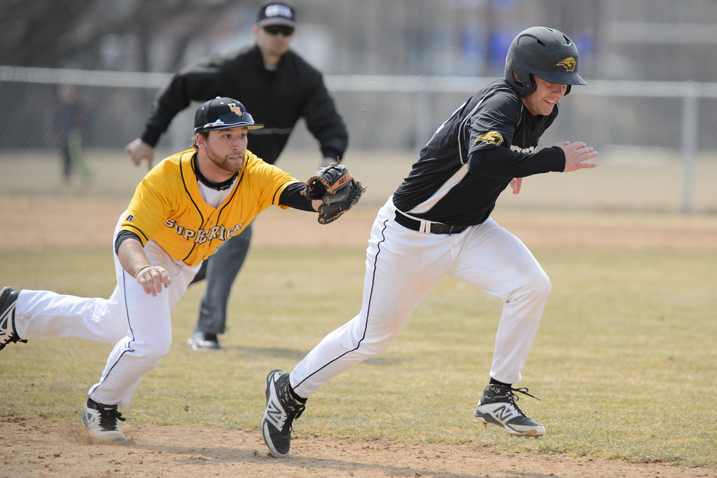 Uw Oshkosh Titans Baseball Vs Uw Superior April 6 2014 Flickr