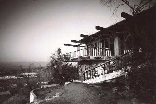 california ca camera white house mountain black slr classic abandoned film home apple japan modern 35mm vintage germany mexico retro architect valley m42 hilltop chinon midcentury cs4 sd1 revueflex