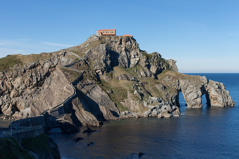 https://www.twin-loc.fr Gaztelugatxe euskadi pays basque espagne spain picture image photo