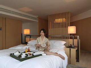 Upper Suite Room Service