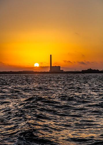water sunrise bay waves florida may tarponsprings lightroom deepseafishing 2013 sigma1770mmf2845dc stjosephsound canoneosdigitalrebelt3i