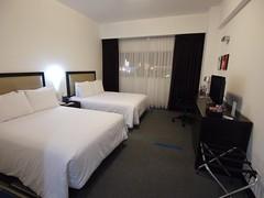 土, 2013-08-17 00:13 - リマ空港前ホテル