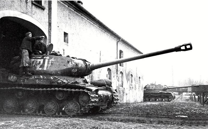 Tank IS-2 (11)
