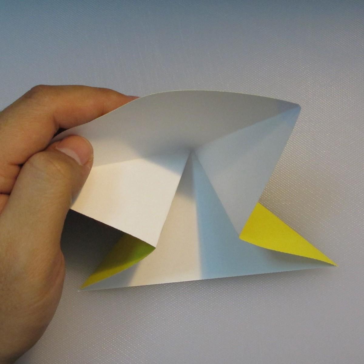 mookeep-วิธีพับกระดาษเป็นรูปปิกาจู-01-004