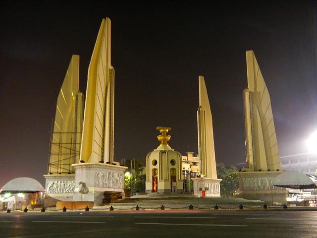 Democracy Monument-อนุสาวรีย์ประชาธิปไตย