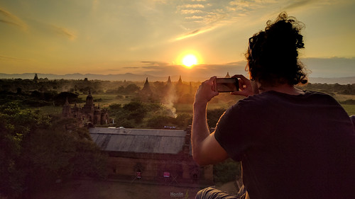Sunset in Bagan | by tehhanlin