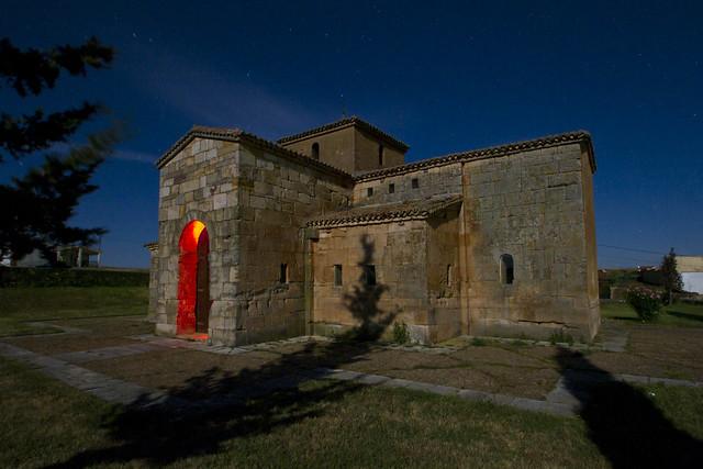San Pedro de la Nave. Luz de Luna