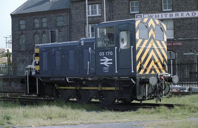 0031 03170 Birkenhead Docks 1986