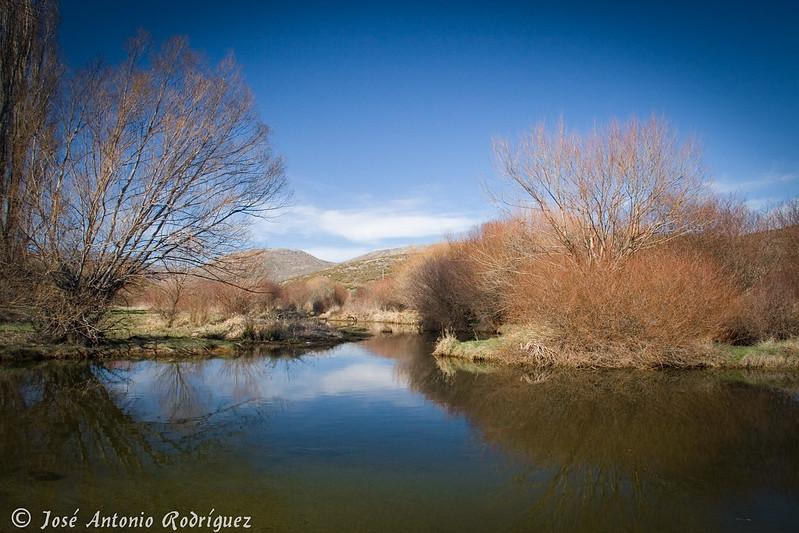 Pequeña laguna (Pto. El Pico)