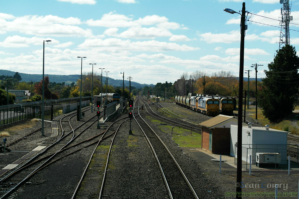 Moss Vale View From Footbridge by SydNSWTrains