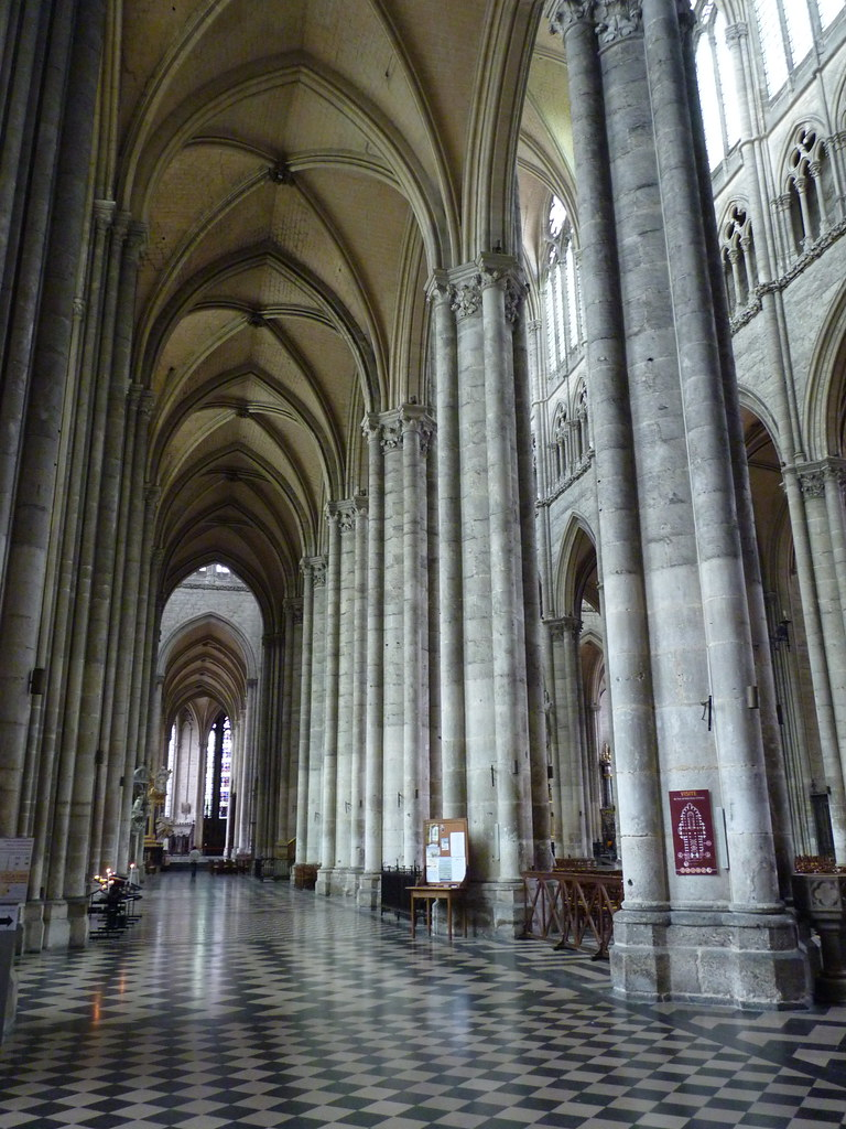 amiens cathedral - south aisle (2)