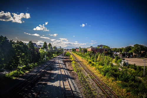 toronto traintracks downtowntoronto vanishingpoints blogto torontoist urbantoronto westtorontorailpath wallaceemerson october2008 august2013