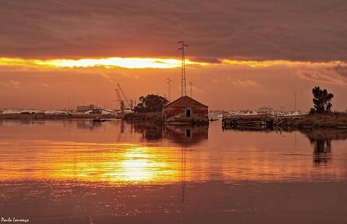aveiro portugal riadeaveiro europa goldenriver riodeouro aveirolagoon sunset pordosol reflections reflexos europe