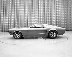 06_1967_Ford_Mustang_Mach_1_concept_car_model