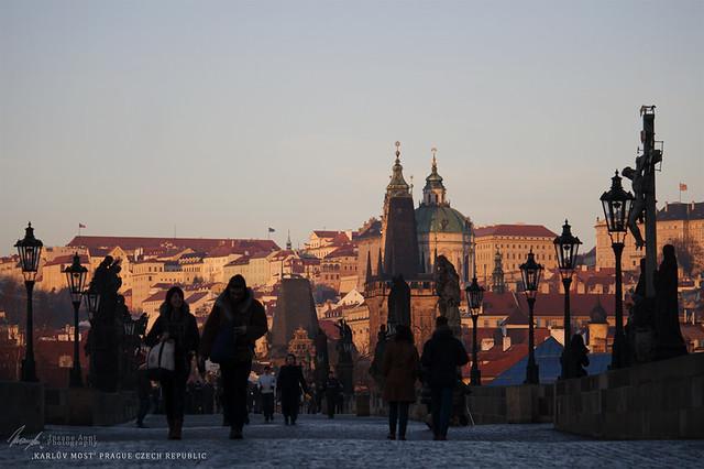 _MG_9388 xx - Praha. Karlův most. Kiss the Dawn.