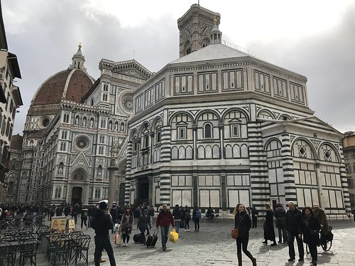 Piazza San Giovanni a Firenze (Toscana)