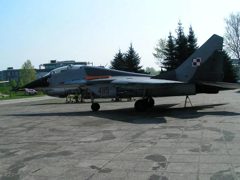 MiG-29 (1)