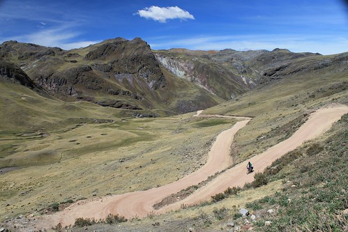 Descending to Huancavelica | by Pikes On Bikes