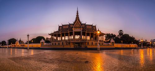 city sunset panorama licht asien kambodscha südostasien sonnenuntergang urlaub hauptstadt architektur phnom reise penh blaue stunde königspalast