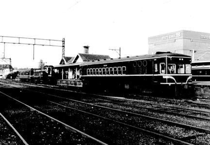 DERM diesel electric railmotor at Frankston Railway Station by Frankston City Libraries