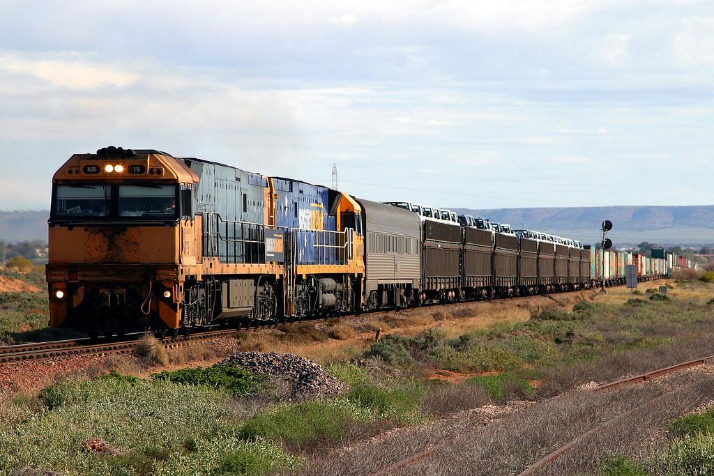 5PM5 NR19+NR93 by Trackside Photography Australia