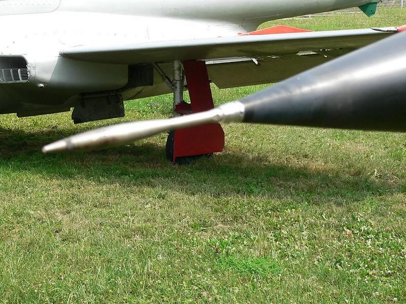 Dassault Mirage F.1 2