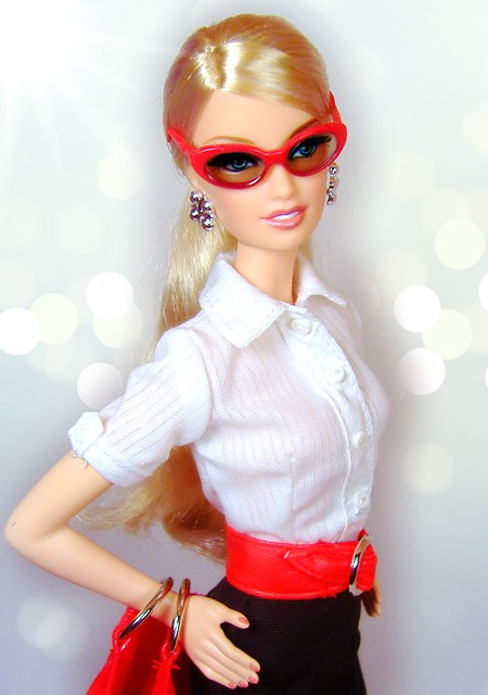 The Look Ciy Shopper Lara  in TG red #4