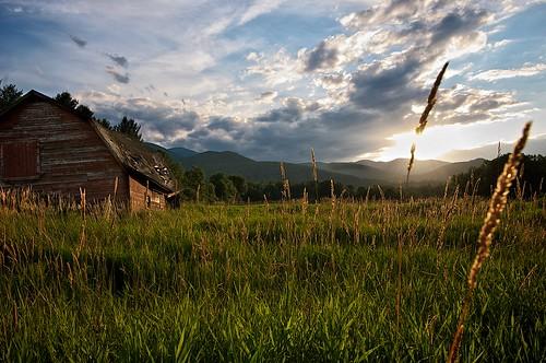 sunset sky usa field grass clouds barn nikon adirondacks nikkor keene 357 d300 keenevalley afsnikkor1635mmf4gedvr aperture3 nikon1635mmf4 nikkorafs1635mmf40vr