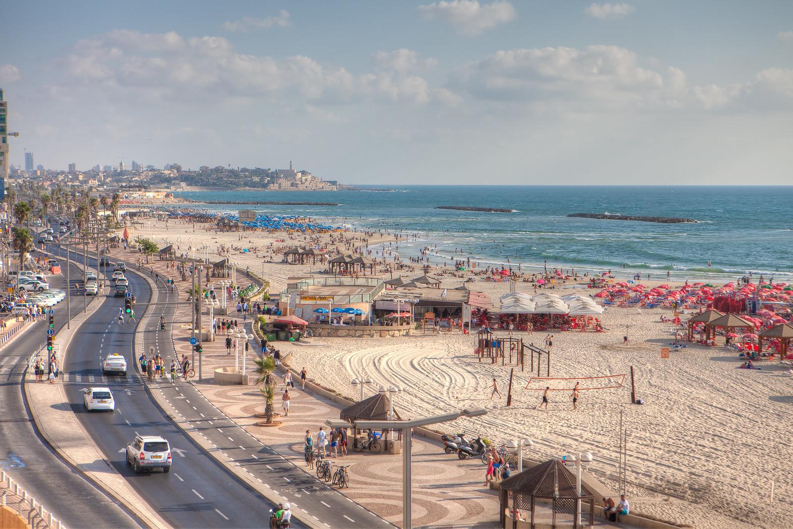 Tel Aviv_Beach_ Promenade_ 2_ Dana Friedlander_IMOT