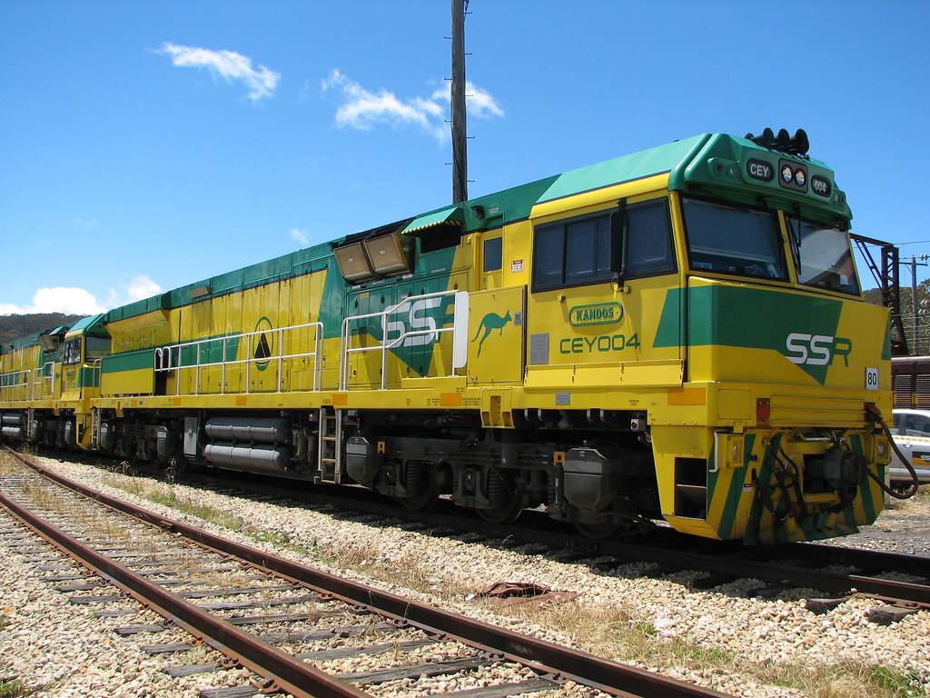 19.11.2013-Lithgow Locos &Fires 011 by DAVE INNIS