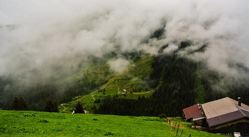 mountains green nature clouds tirol österreich path natur meadows wiesen wolken berge grün kati chalets weg katharina hütten 2015 almen mountainpastures zillertalerhöhenstrase nikon1v1 gemeindehippach