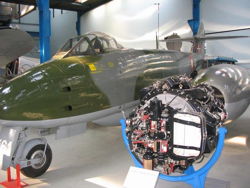 Meteor Mk.4 1