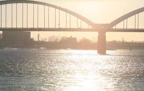bridge sunset rock river mississippi island centennial illinois sunny iowa clear davenport iowavoice