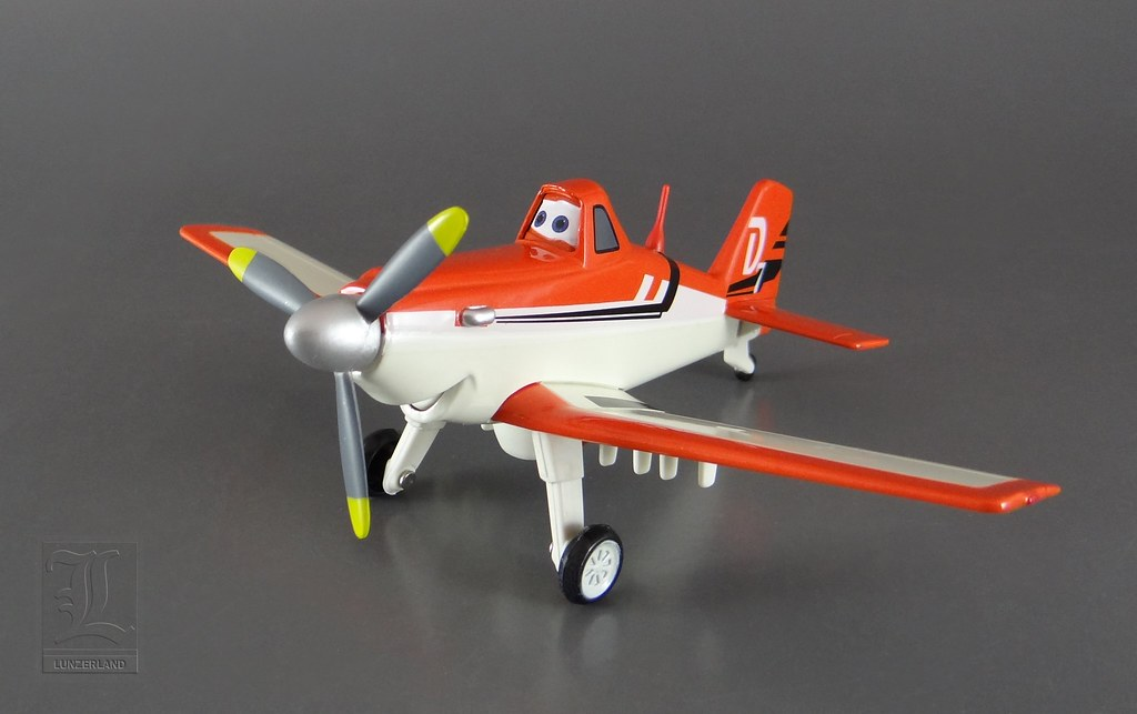 Disney ~ DUSTY from the movie Planes - 1:43 scale die cast