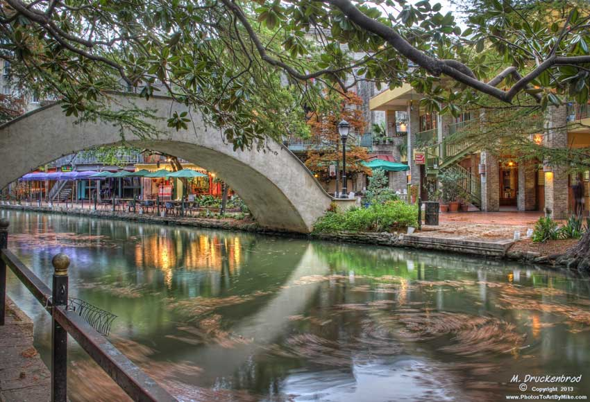 Footbridge over the famous San Antonio River Walk