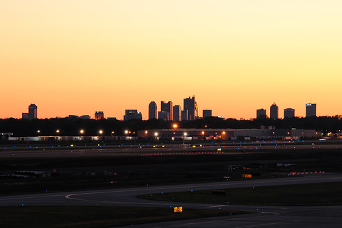 city columbus sunset ohio skyline lights evening airport glow dusk horizon oh airports cmh portcolumbus portcolumbusinternationalairport kcmh