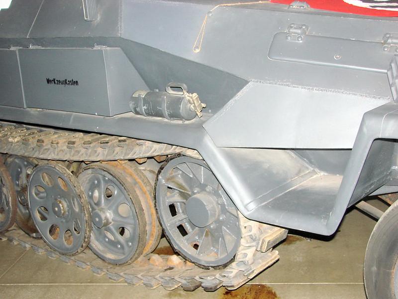 SdKfz 251-6 (1)