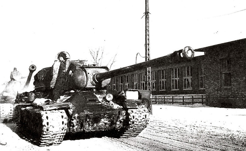 Tank IS-2 (4)