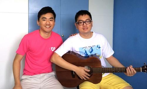 Adult guitar lessons Singapore CZ