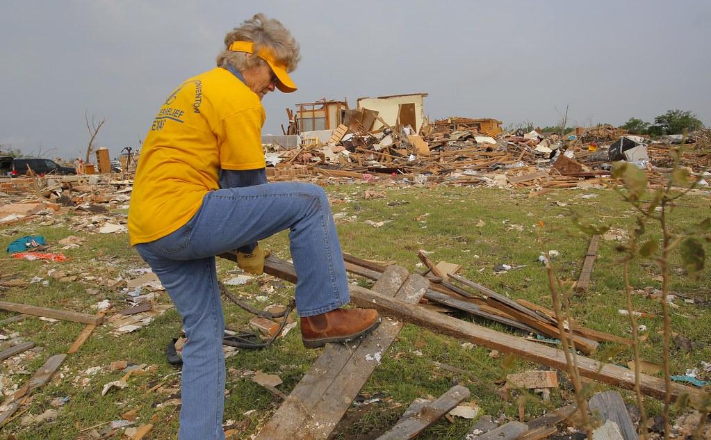 Moore Tornado 7567