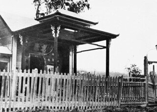 Entrance to the Joss House in Atherton, 1929