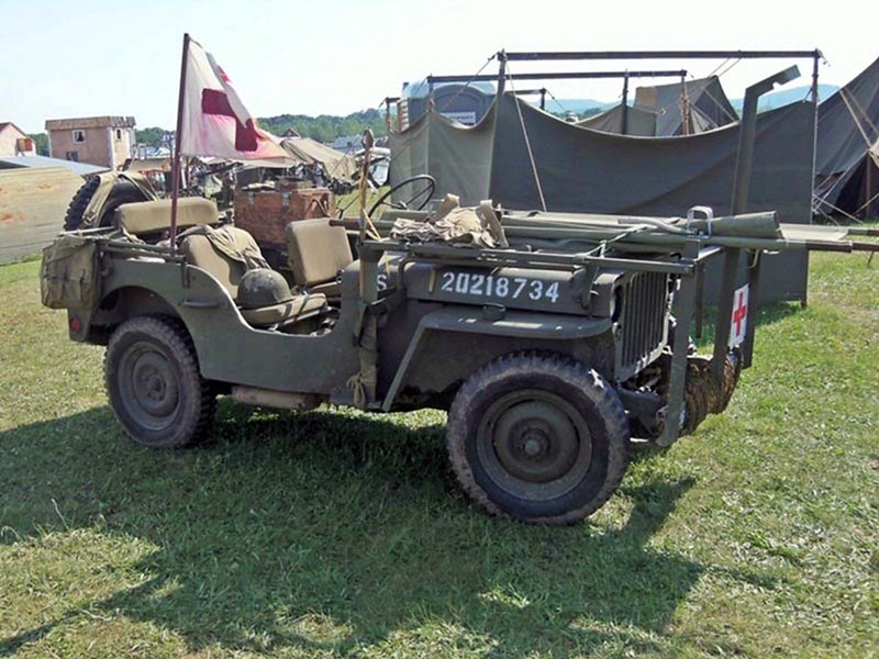 Willys MB Mentő Jeep (1)