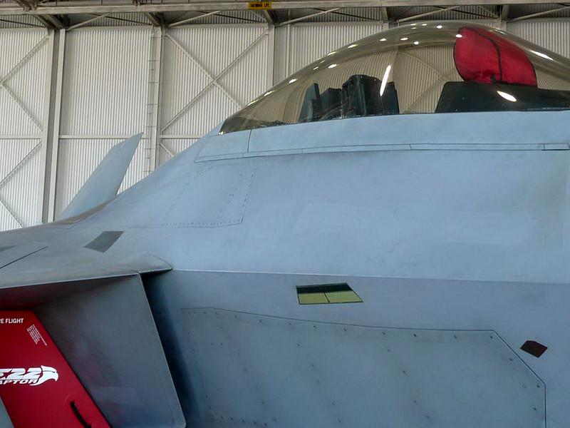 Lockheed F-22A Raptor (6)