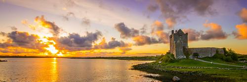 travel ireland sunset castle kinvara dunguairecastle zachwerner