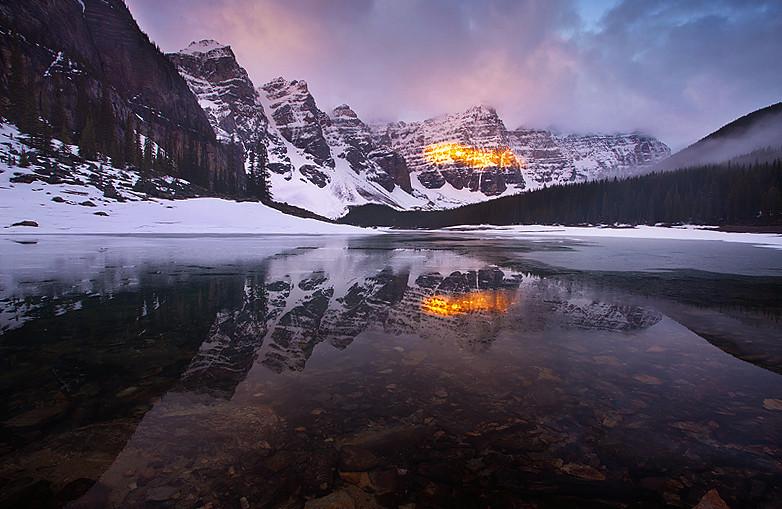 Moraine Lake Banff National Park Alberta The Sun Peaked