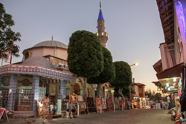 Side - bazaar and the mosque 2