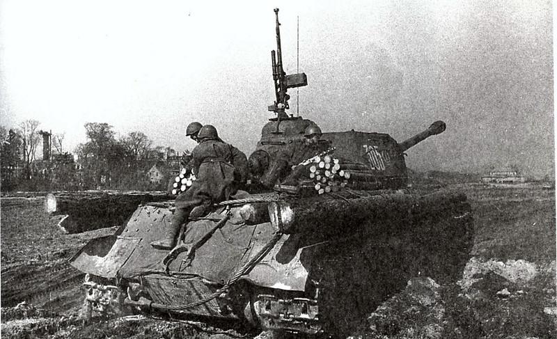 Tank IS-2 (8)