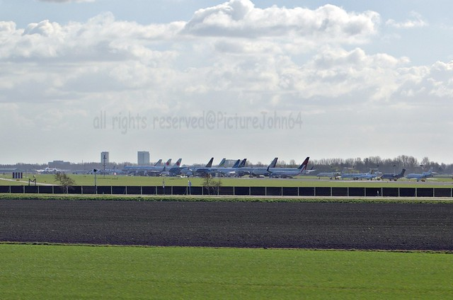 Nuclear Security Summit 2014: Schiphol Polderbaan runway as a parking area for the airplanes of World Leaders