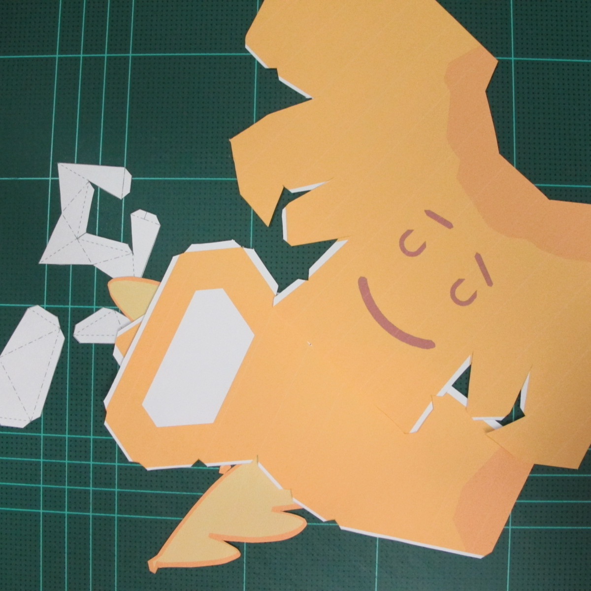 วิธีทำโมเดลกระดาษตุ้กตาสัตว์เลี้ยง หยดทองจากเกมส์ คุกกี้รัน (LINE Cookie Run Gold Drop Papercraft Model - クッキーラン  「黄金ドロップ」 ペーパークラフト) 001